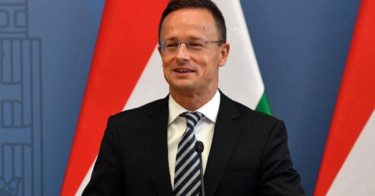 Szijjártó: ismét lesz magyar űrhajós