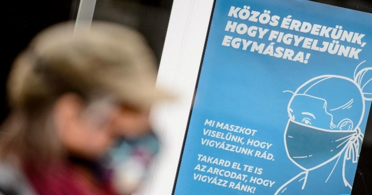 Hétfőtől Kazincbarcikán ismét szigorítanak, maszkviselést ír elő az önkormányzat