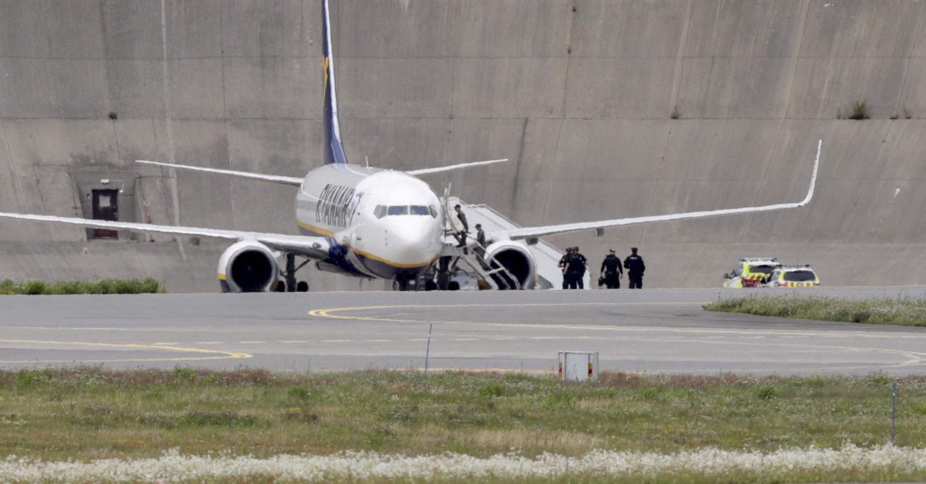Pokolgépes fenyegetés miatt kényszerleszállást hajtott végre egy Ryanair-gép Berlinben